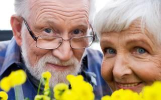 С какого возраста гражданин считается престарелым